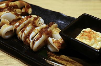 Seafood restaurant barcelona: calamari