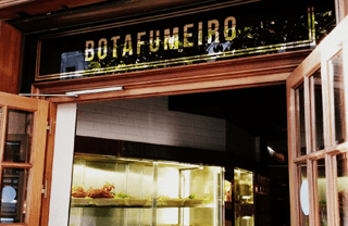 Barcelona restaurants for early birds: Botafumeiro
