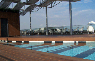 Hotels with pool in Barcelona