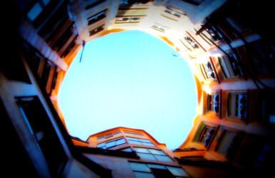 Barcelona Walking Tours: Gaudi sites