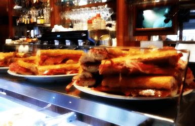 Barcelona breakfast places: Cerveseria Catalana