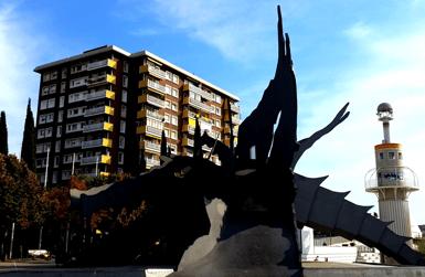 Need a hotel near Barcelona Sants?