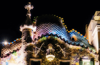 What to do in Barcelona at night: Casa Batllo