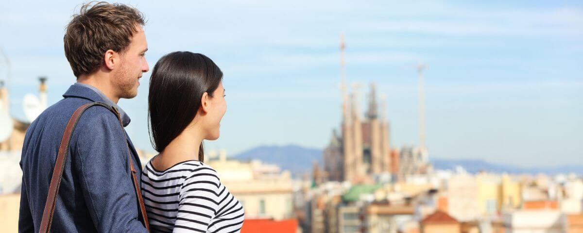 Couple in one of our Private Barcelona Sightseeing Tours