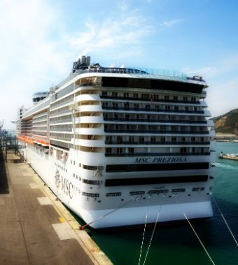 Heading to the pier to provide the best shore excursions in Barcelona port